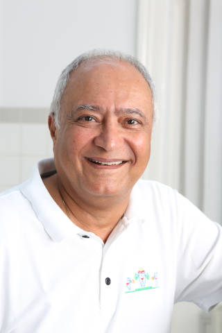 Dr. Yasdan Honarwasch